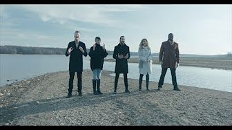 [Official Video] Angels We Have Heard On High - Pentatonix - YouTube
