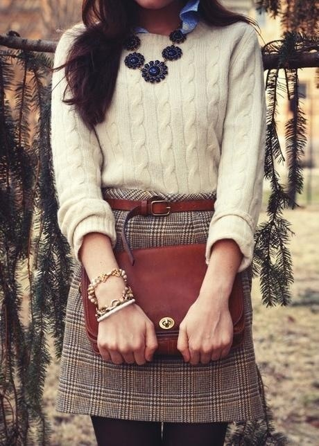 Plaid skirt+ sweater= fall