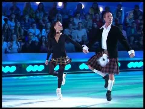 ▶ Чулпан Хаматова и Роман Костомаров - Ирландский танец - YouTube