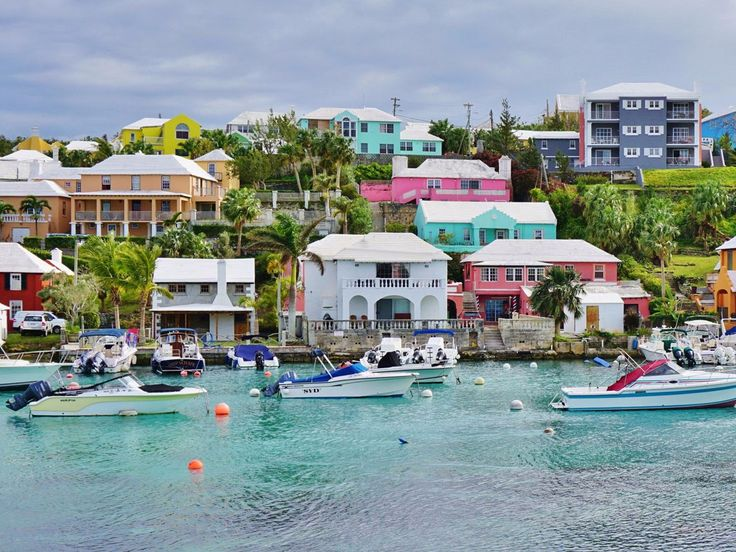 BERMUDA: Bermuda, surrounded by vibrant coral reefs, islets, and marine life, is ideal for those who enjoy sailing. Plus, the Fairmont Hamilton Princess & Beach Club recently put the final touches on a $90 million renovation to introduce the island's first full-service marina.