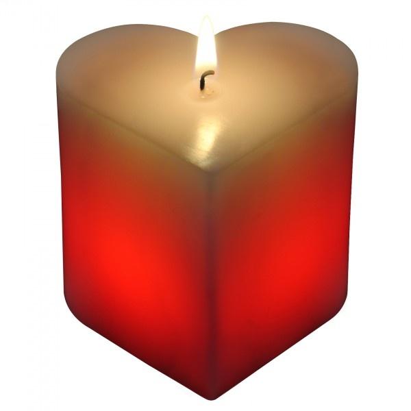 La Candela Magica a forma di Cuore è un'idea molto originale per decorare l'ambiente o nel caso in cui si debba fare un regalo romantico così come in caso di una serata intima.