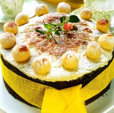Decedent Simnel Cake to Celebrate the End of Lent