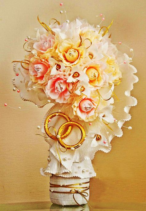 How to make a DIY Ferrero Rocher chocolate flower bouquet for ...