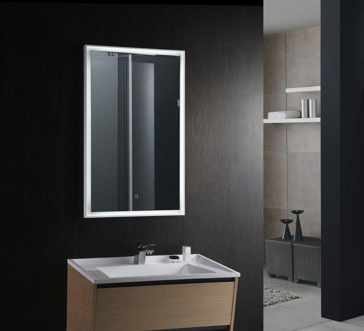 bathroom mirror with light bulbs