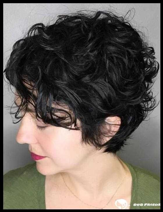 134 Easy to reach and trendy, short, curly hairstyles for 2019