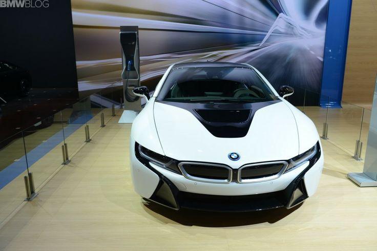 2014 Chicago Auto Show: BMW i8