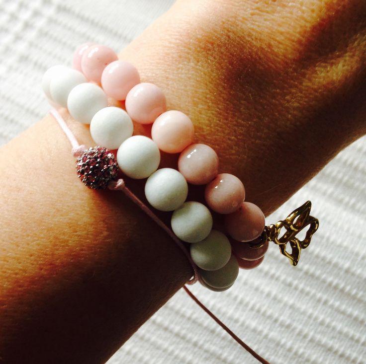 Chios jewelry, jadeit bracelet, trio jewelry rose and white. Natural stone charm white.