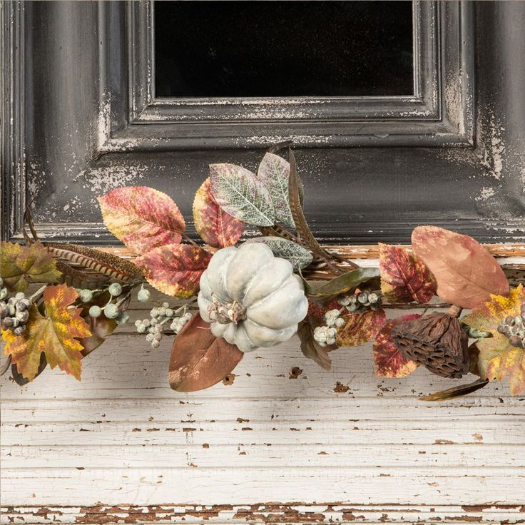 146 best fall thanksgiving decor images on pinterest for Thanksgiving home decorations pinterest