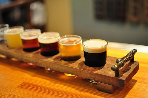 Grab a couple of our craftbrews, some tumbler glasses, and create your own mix-and-match #beer flights at home! Invite some friends over and vote on your favorites!