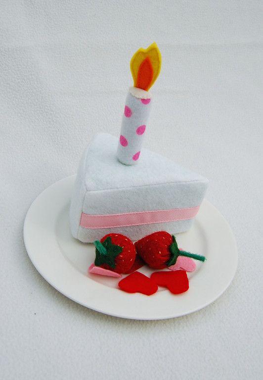 ikat bag: Cake - Foam Part 3 -- how to make a super elaborate and adorable felt cake