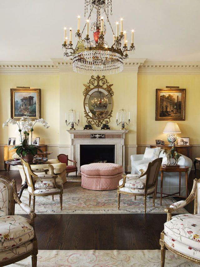 Live Like A Manhattan Socialite In This Fifth Avenue Pied Terre