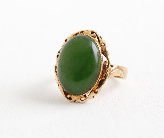 vintage 14k gold nephrite jade ring 1950s size 3 3