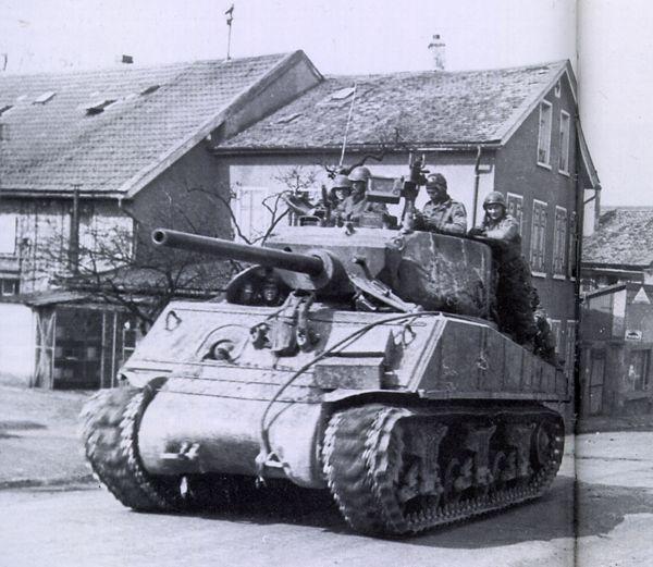 "Sherman ""Jumbo"" Assault Tank"
