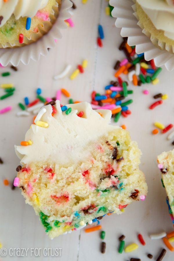 Funfetti Cupcakes | crazyforcrust.com | These are the PERFECT funfetti ...