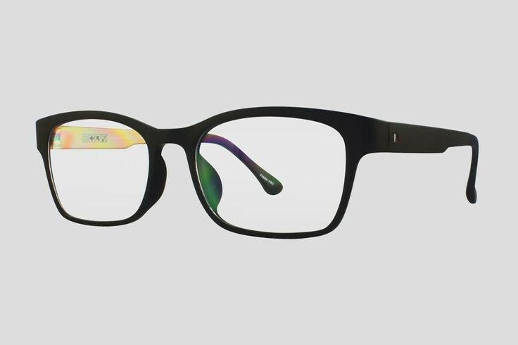 #Brillen van Reor. Dit is de Tampa (art. nr. F10.625UGO), complete bril vanaf € 34,90. #Montuur van zwart met oranjebruin ultem. Verkrijgbaar in meerdere kleuren.
