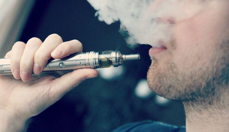 La cigarette électronique a connue une expansion fulgurante ces dernières années. La raison de son succès. Elle se présentait enfin comme une alternative plus saine aux cigarettes normales. Un autre moyen d'avoir sa dose de Nicotine quotidienne, sans mettre sa santé en danger. Cependant la...