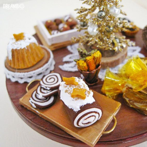 Christmas table Miniature Golden Christmas by DreamBigHandmade