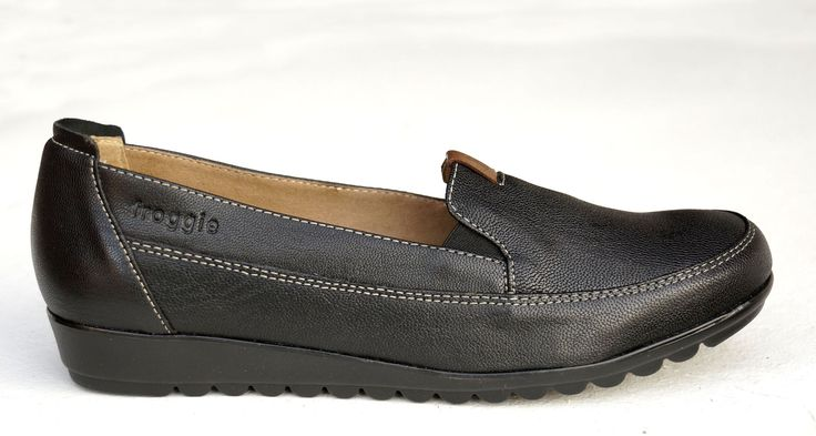 Froggie Black Handmade Genuine Leather Loafer R 1'099. Handcrafted in Durban, South Africa. Code: 10875 Black. See online shopping for sizes. Shop for Froggie online https://www.thewhatnotshoes.co.za Free delivery within South Africa