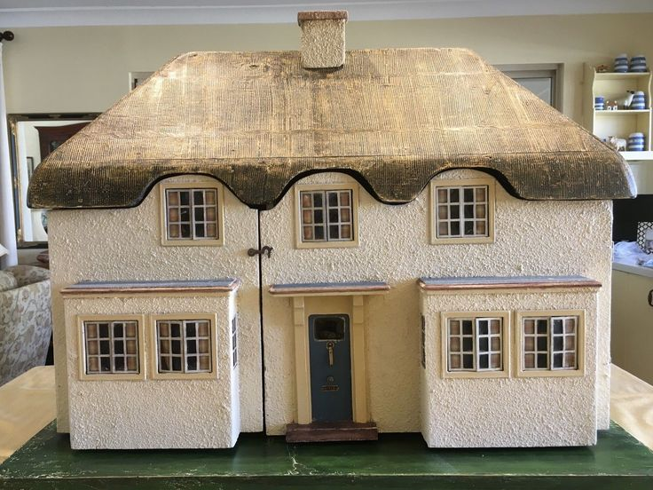 Dolls House by Triang. Replica of the dolls house given to princess Elizabeth in 1936 for her 6th birthday.