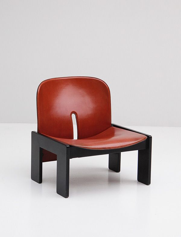 """CASSINA CHAIR MODEL 925 AFRA AND TOBIA SCARPA DESCRIPTION Gorgeous """"925"""" Tobia Scarpa chair for Cassina. Bent plywood frame with black base. Original whiskey colored leather has beautiful patina. Excellent vintage condition. Perfect for the home or office."""