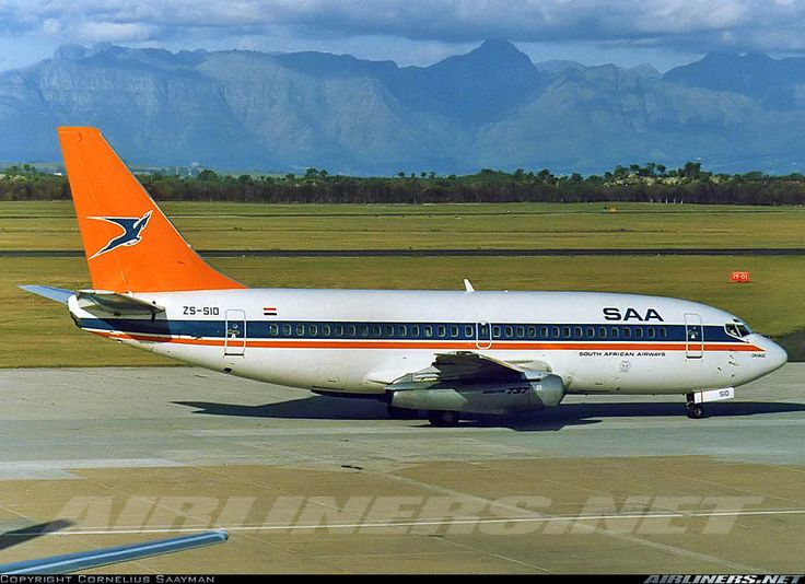 ZS-SID South African Airways Boeing 737-200