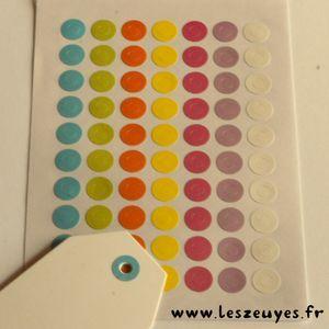Planche de 70 oeillets couleur Ø1cm