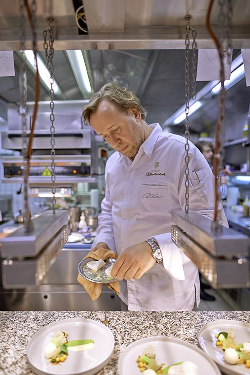 La Vie. Restaurant of Grand Chef Relais & Châteaux Thomas Bühner in town. Germany, Osnabrück. #relaischateaux #lavie #gourmet #gastronomy #ThomasBühner