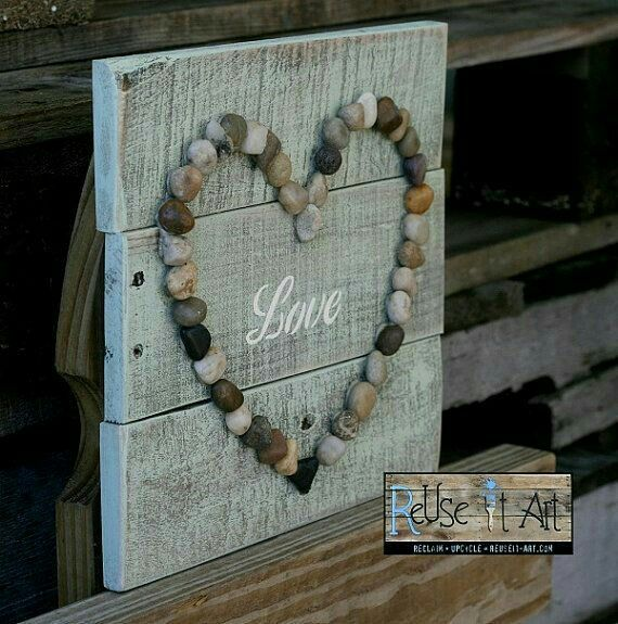 Rock Heart Love Sign DiY