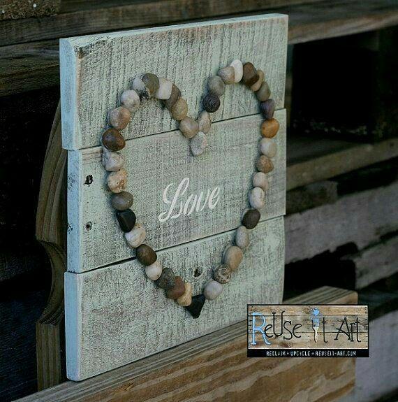 Rock Heart Love Sign DiY
