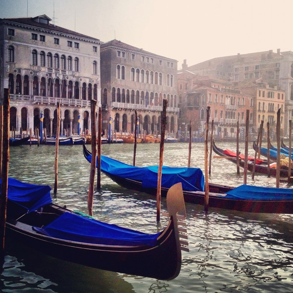 *Lovely Clusters - The Pretty Blog: Out and About: Venice