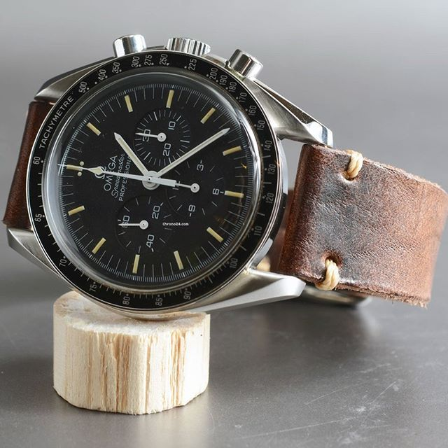 Chrono24 Offer of the day - Omega Speedmaster Professional Moonwatch Tritium offered by a dealer in Germany for €2,690 - Simply type the link into your browser or see in the bio: c24.deals/323  #omega #speedmaster #omegaspeedmaster #professional #omegaspeedmasterprofessional #1861 #vintagespeedmaster #speedytuesday #chrono24 #watchfam #watchaddict #watchnerd #watchesofinstagram #horology #wis #watchoftheday #watches #watchporn #wristporn #watchgame #wristgame #watchaddict #orologi #uhr…