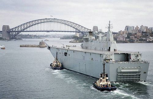 Mar. 13, 2014: NUSHIP LHD CANBERRA [III] approaches Sydney's 82-year-old Harbour Bridge - Tom Gibson, RAN.