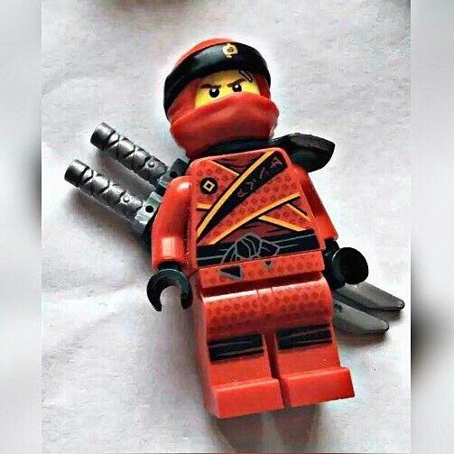 NEW LEGO MINIFIGURE BLACK KATANA SWORDS /& SHEATH NINJAGO DEADPOOL WEAPONS