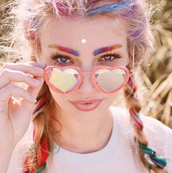 Rainbrows Are Officially A Crazy New Eyebrow Trend