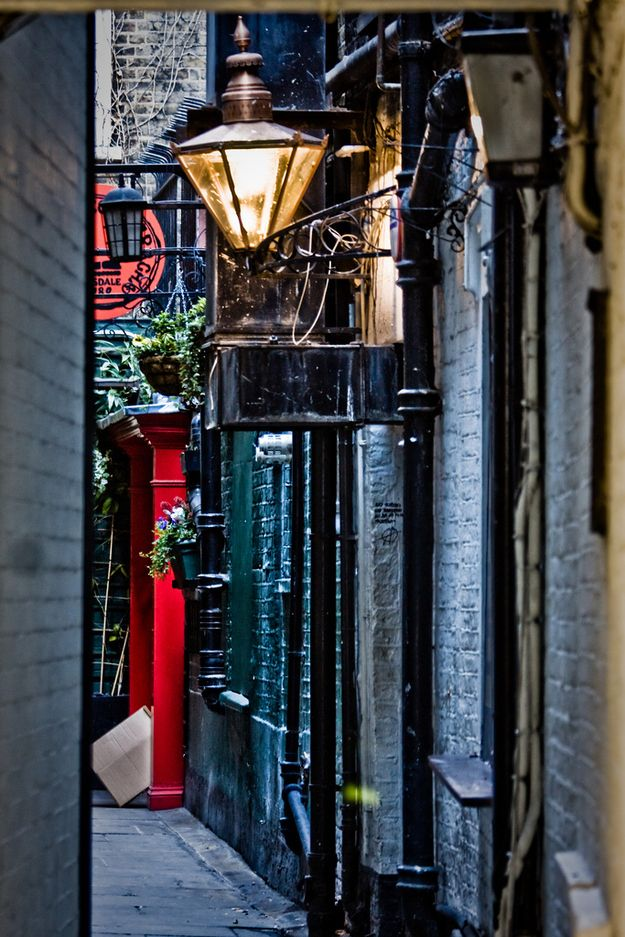 London, England   32 Enchanting Alleys To Get Lost Down Around The World