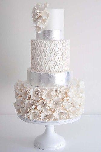 elegante weiße Hochzeitstorte   – Lindas tortas de novios