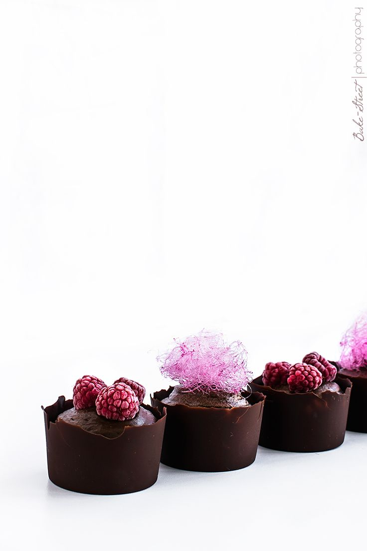 Mousse de aguacate y chocolate con algodón de azúcar - Bake-Street.com