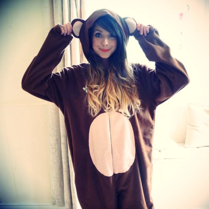 Zoella... I love her! And she looks so adorable in this onesie