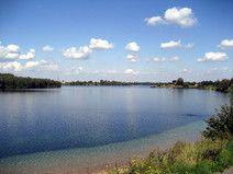 Wem der Cospudener See zu belebt ist, der sollte den ruhigen und grünen Kulkwitzer See besuchen!