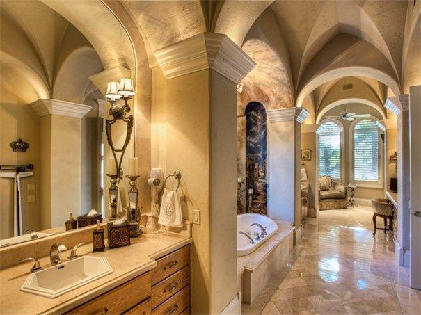 3 Belcourt Pl San Antonio, Texas 78257 United States. Binkan Cinaroglu. #KSIR #realestate #ceilings #luxury #detail #bathrooms