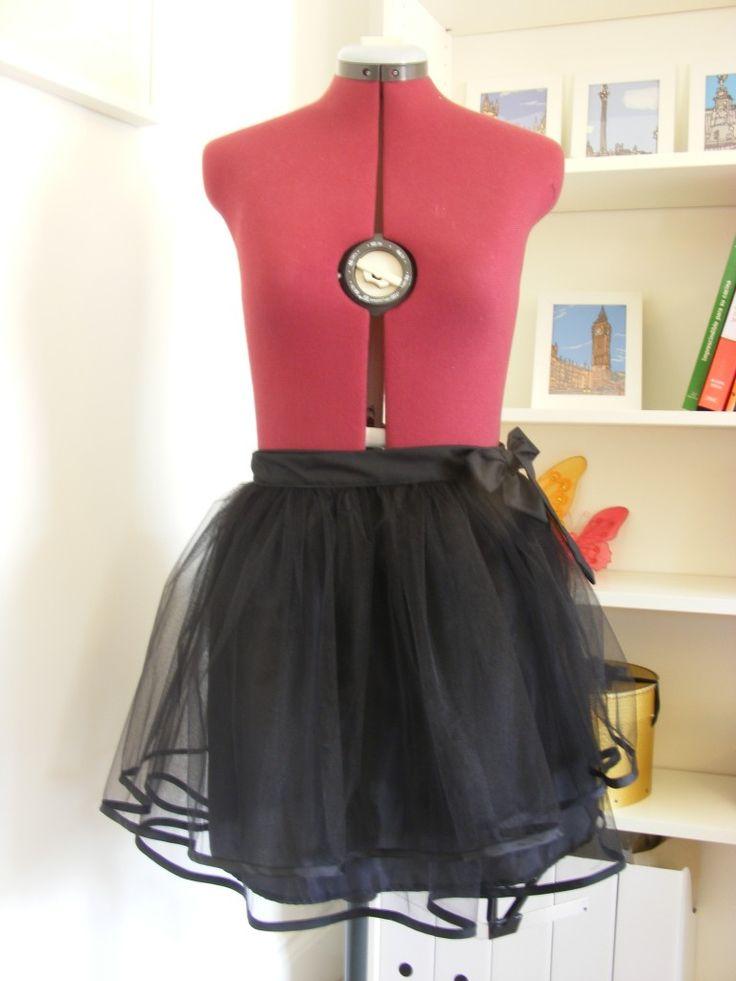 Cómo hacer una falda de tul sin cierres