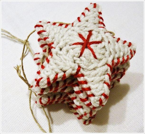 Estrellas de Navidad de Crochet. DIY en Bordar Vigo. Información e inscripciones en info@bordar.net o a través del 986 21 06 52