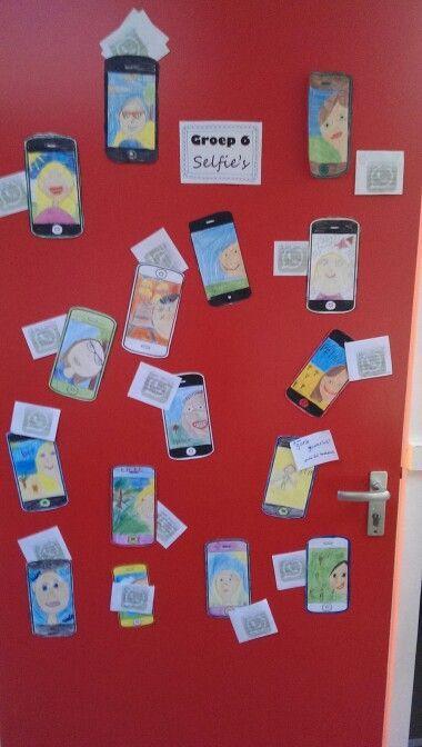 Selfie gemaakt door de klas. Tijdens ouderavond hebben de ouders een whats'appje geschreven voor hun zoon of dochter.