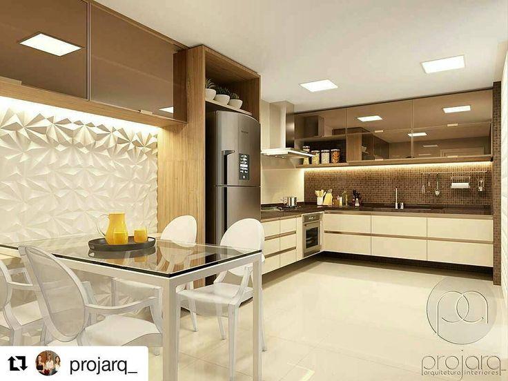 Projeto divino utilizando Revestimento Solis  #Repost @projarq_ with @repostapp  Um ambiente onde é possível encontrar praticidade elegância funcionalidade e beleza a cozinha se tornou um espaço de referência dentro de casa e deixou de ser apenas um mero espaço para o preparo de refeições. #instainspiration #homedecor #instadesign #arquitetura #arquiteturadeinteriores #ambientação #cozinha #kitchen #pastilhas #revestimento3d #vidroreflecta #projarq #revestimento #cimenticio #concreto…