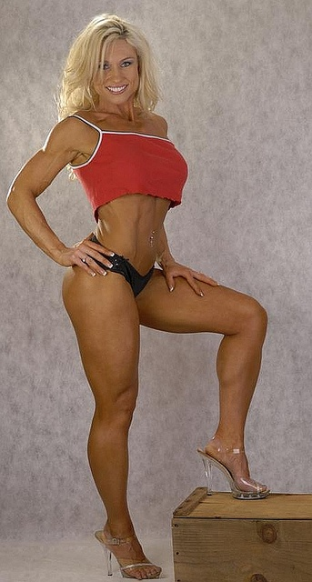 latina woman muscle - photo#27