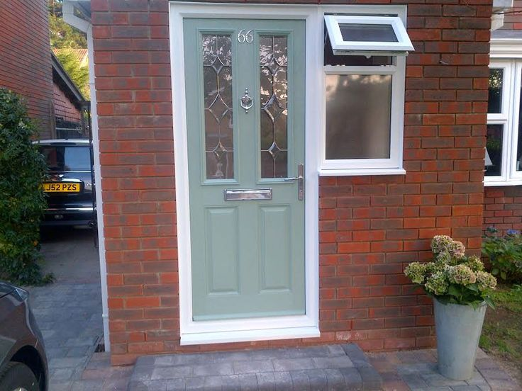 2 Panel 2 Square Crystal Diamond Composite Front Door in Chartwell Green