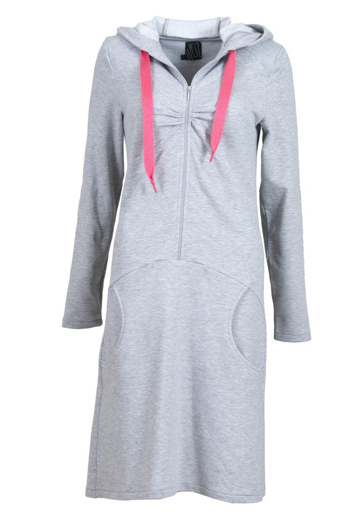 Meet Mrs Hood, the perfect dress for everyday wear. It is super warm and cosy!