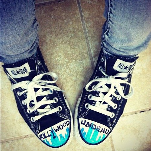 FIRST JEFF SHOES ... NOW HOLLYWOOD UNDEAD SHOES?!??!?! Just take MY MONEY.