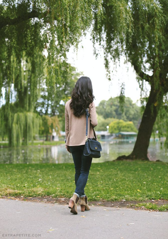 ExtraPetite.com - Casual fall: Taupe and gingham at Boston Public Garden