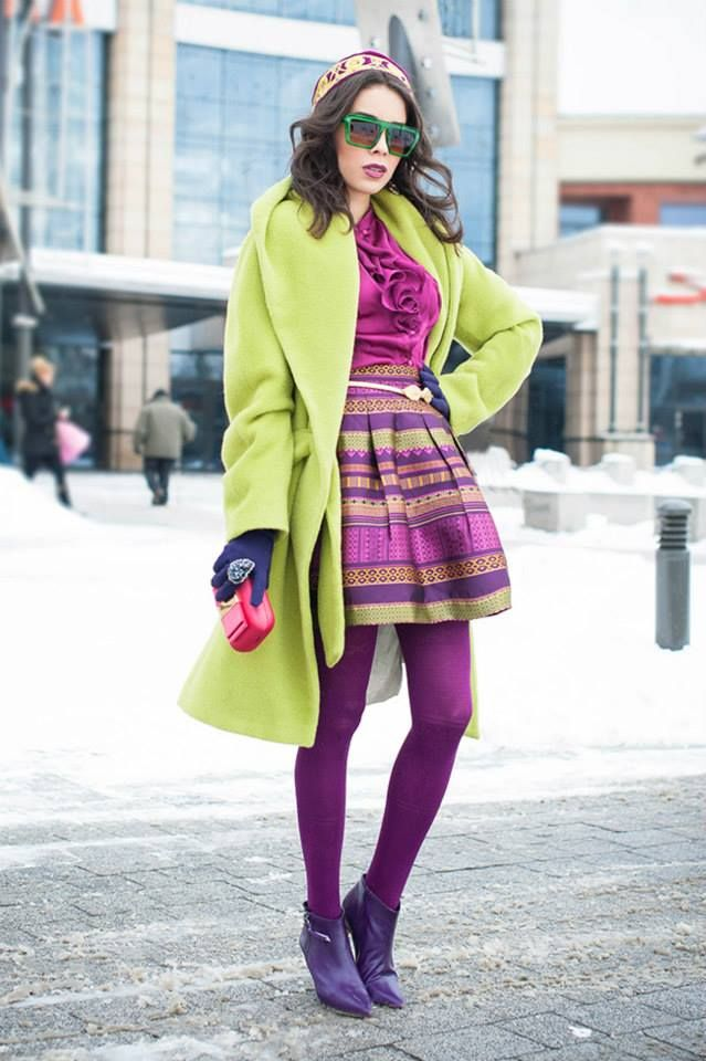 Macademian Girl w limonkowym płaszczu ARYTON z kolekcji jesień-zima 2013/2014